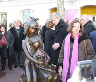 Inauguration, à ANTiBES